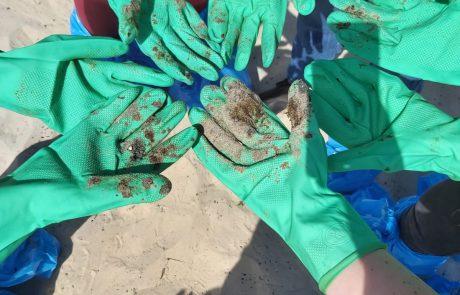 אסון הזפת: מנקים את החופים