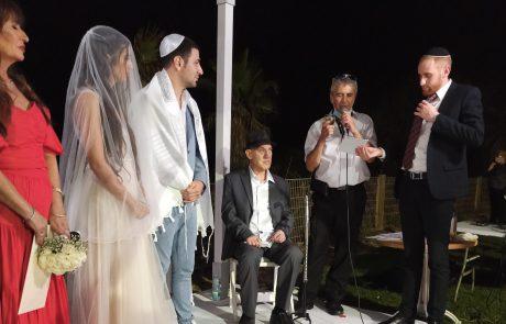 טו באב שמח: סתיו ודוד נישאו בטיילת ❤️